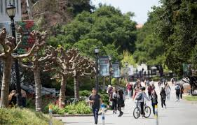 Lamps Plus Redlands Ca Jobs by Why Web Traffic Matters As Much As Foot Traffic To Realtors