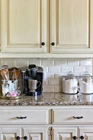 metrofliesen in küche und bad schöne ideen für wand und