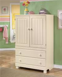 Discontinued Havertys Dining Room Furniture by Cottage Retreat Youth Poster Trundle Bedroom Set From Ashley