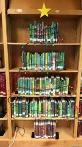 Christmas Tree Books by Christmas Books Book Tree Christmas Book Tree Book Christmas Tree