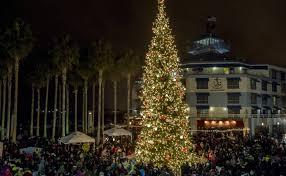 Weekend Picks Oakland Jack London Square Tree Lighting Sacramento Theatre Of Lights San Francisco Union Street Festival And Jose Christmas