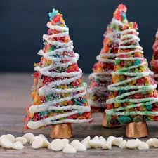 Krispie Treat Christmas Trees By Dessert Now Dinner Later FoodBlogs
