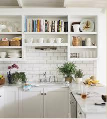 repeindre sa cuisine rustique la cuisine adopte la couleur blanche déco cool
