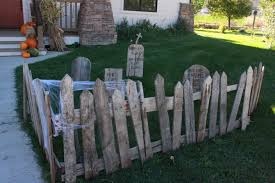 Halloween Graveyard Fence Decoration by My Spooky Pallet Graveyard Twelve On Main