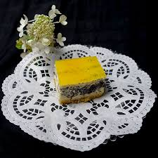 käse mohn kuchen mit passionsfrucht und mango spiegel