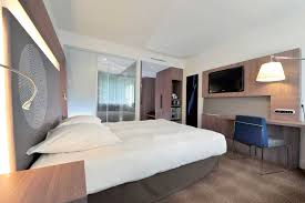 what does chambre in novotel unveils its innovative guest rooms with novotel