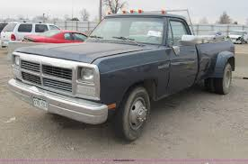 1993 Dodge Ram D350 Pickup Truck | Item G9505 | SOLD! March ... Dodge D Series Wikipedia How To Lower Your 721993 Pickup Mopar Forums Bak 226203rb Ram Folding Cover Bakflip G2 6 4ram Box 201217 File11993 Ramjpg Wikimedia Commons Car Shipping Rates Services D350 Dodge Ram 1993 Sk P Google Animals And Pets Pinterest Dw Truck Classics For Sale On Autotrader Interior Parts Psoriasisgurucom Diesel Buyers Guide The Cummins Catalogue Drivgline Weld It Yourself 811993 23500 Bumpers Move