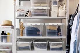 ordnung im kleiderschrank aufräumen ausmisten schöner