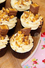 Les 25 Meilleures Idées De La Catégorie Crunchie Bar Sur Pinterest ... August 2017 Monthly Cupcakes Facebook Dark Chocolate With Super Fluffy Frosting Egg Yolk Days Toffee Triple With Salted Caramel Icing I Feasting Is Fun Great Recipes For Feasting And Having Fun A Fresh Approach To The Candy Buffet 100 Grand Cucpakes Recipe Cfessions Of Cbook Queen Our Best Cupcake Recipes Southern Living At Jillys Cupcake Barstlouis Missouri Twisted Pink Velvet Cinnamon Nutella On Half Shell Project Skinny Orange Creamsicle Amys Healthy Baking