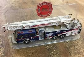 100 Code 3 Fire Trucks Patriot Aerial Ladder Co 4 Truck Collectible Collectibles