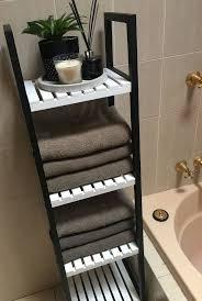 kmart hack badezimmer caddy regale schwarz und weiß lackiert