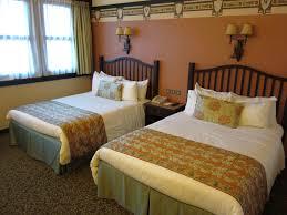chambre disneyland hôtel sequoia lodge attractionsworld