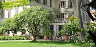 avignon des chambres d hôtes dans le plus grand jardin privé du