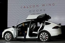 Tesla Model X As Fast as a Porsche 911 Turbo With Falcon Wing Doors