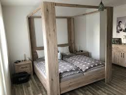 himmelbett schlafzimmer komplett