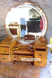 Waterfall Vanity Dresser Set by Vintage Art Deco Dresser Images