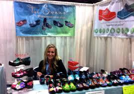 nurse entrepreneur sells hand painted clogs jparadisi rn u0027s blog
