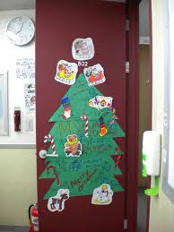 Christmas Classroom Door Decoration Pictures by Backyards Christmas Classroom Door Decorating Ideas Creative