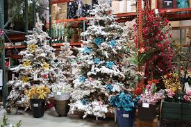 Santa Ana Christmas Tree Displays 2010