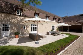 chambre d hotes de charme beaune bed and breakfast burgundy la jasoupe caravans and bed and