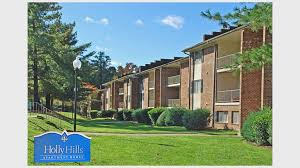 One Bedroom Apartments Durham Nc by Chapel Tower U0026 Holly Hills Apartments For Rent In Durham Nc