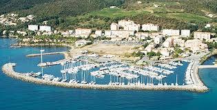 port de florent bleu pour les ports de solenzara et florent