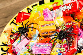 Healthy Halloween Candy Tips by How To Be Healthier In Fall And Autumn Reader U0027s Digest