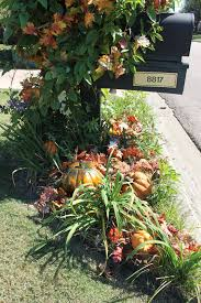 Flower Mound Pumpkin Patch Christmas Tree by Miss Kopy Kat Fall I Fying