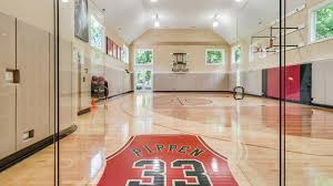 Chicago Bulls Bed Set by Chicago Bulls Legend Scottie Pippen Lists Highland Park House