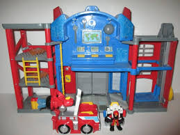 Transformers Rescue Bots Optimus Prime Fire House Station W Truck ...