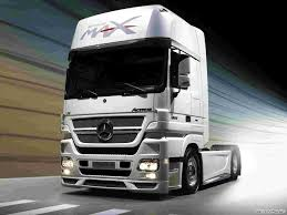 Mercedes Truck Wallpapers - WallpaperSafari