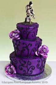 Awesome Purple And Black Wedding Cakes Pictures