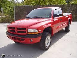 100 Small Dodge Trucks Model 1998