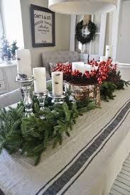 Dining Table Centerpiece Ideas For Christmas by 25 Unique Christmas Dining Rooms Ideas On Pinterest Christmas