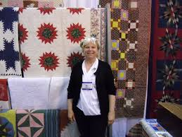 Karen Styles: May 2012 273 Best Medallion Quilts Images On Pinterest Quilt Miniature Quilts Always Thread Wise May 2010 Applique Society Meeting 5foot1quilts Barn Of Central Minnesota Midwest Fiber Arts Trails Repro Quilt Lover Im The Bandwagon Vireyas Blog Red And White Not So Zenquilts In Paris Nantes Pour Lamour Du Fil 2016 Two Colour Playing With Aurifil Chester Criswell And Friends Antique Show Tell At Karen Styles In Is Again Busy Thimble April