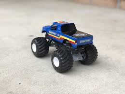 Hotwheels Monster Jam Custom Bigfoot Monster Truck 1/24 Scale ...