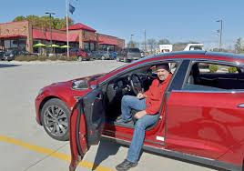 Supercharge That Tesla And Pick Up A Hot Dog? Sheetz Makes Room For ...