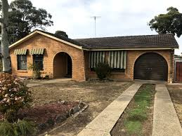100 Bligh House For Rent 25 Scarsborough Crescent Park NSW 2756
