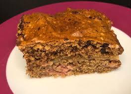 nusskuchen mit schokolade marzipan und himbeeren vegan