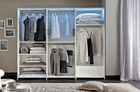 kleiderschrank schlafzimmerschrank spiegel holztüren weiß