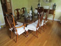 Dining Room Antique Furniture Set With White Seat Cover