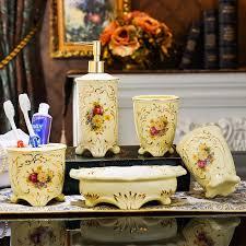 luxus ivory keramik 5 stücke badezimmer set europäischen badezimmer keramik seifenspender porzellan seife zahnbürstenhalter