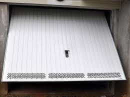 comment faire sauter barillet de porte de garage pour la changer