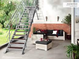 treppe aus metall mit 5 stufen und einem podest kaufen
