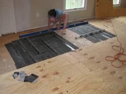 Liquid Floor Leveler Youtube by How To Level A Plywood Or Osb Subfloor Using Asphalt Shingles