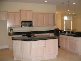 Pickled Oak Floor Finish by Pickled Oak Cabinets Has Me In A Pickle Over Wall Color
