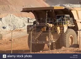 Mine Haul Truck Caterpillar 793 Series 240 Tons Capacity Arizona CAT ...
