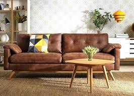vieux canapé vieux canape cuir canapac en brun cognac tableau plancher blanc de