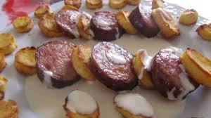 cuisiner le mont d or saucisses de morteau pommes duchesse au mont d or recette par