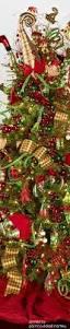 Raz Christmas Decorations 2015 by Luxurious Holiday Wreath Www Mantiosilk Com Luxury Lifestyle